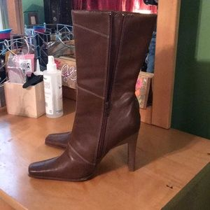 Brand New!  Brown Boots by Prediction